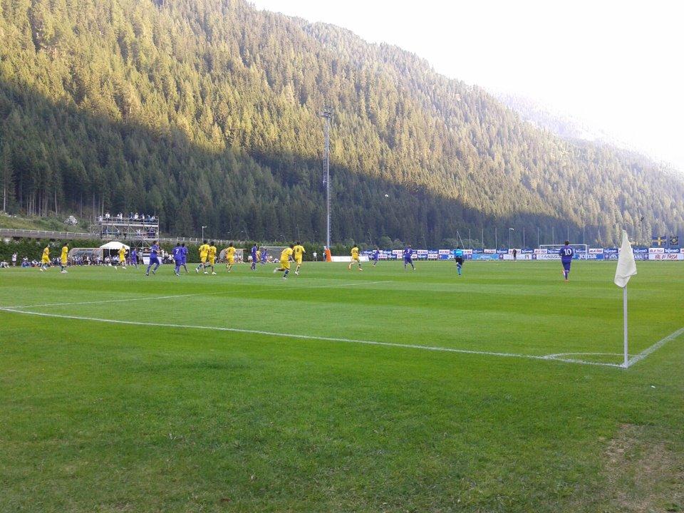 Campo di calcio Cortina